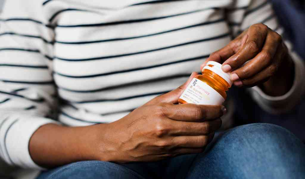 Лечение депрессии в Алпатьево медикаментозным способом
