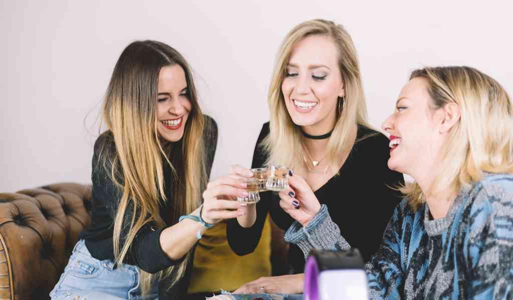 Лечение женского алкоголизма в Алпатьево круглосуточно
